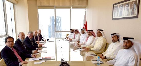 المعاودة مجتمعاً مع وفد جمعية الصداقة الفرنسية البحرينية بـ «النواب» الفرنسي