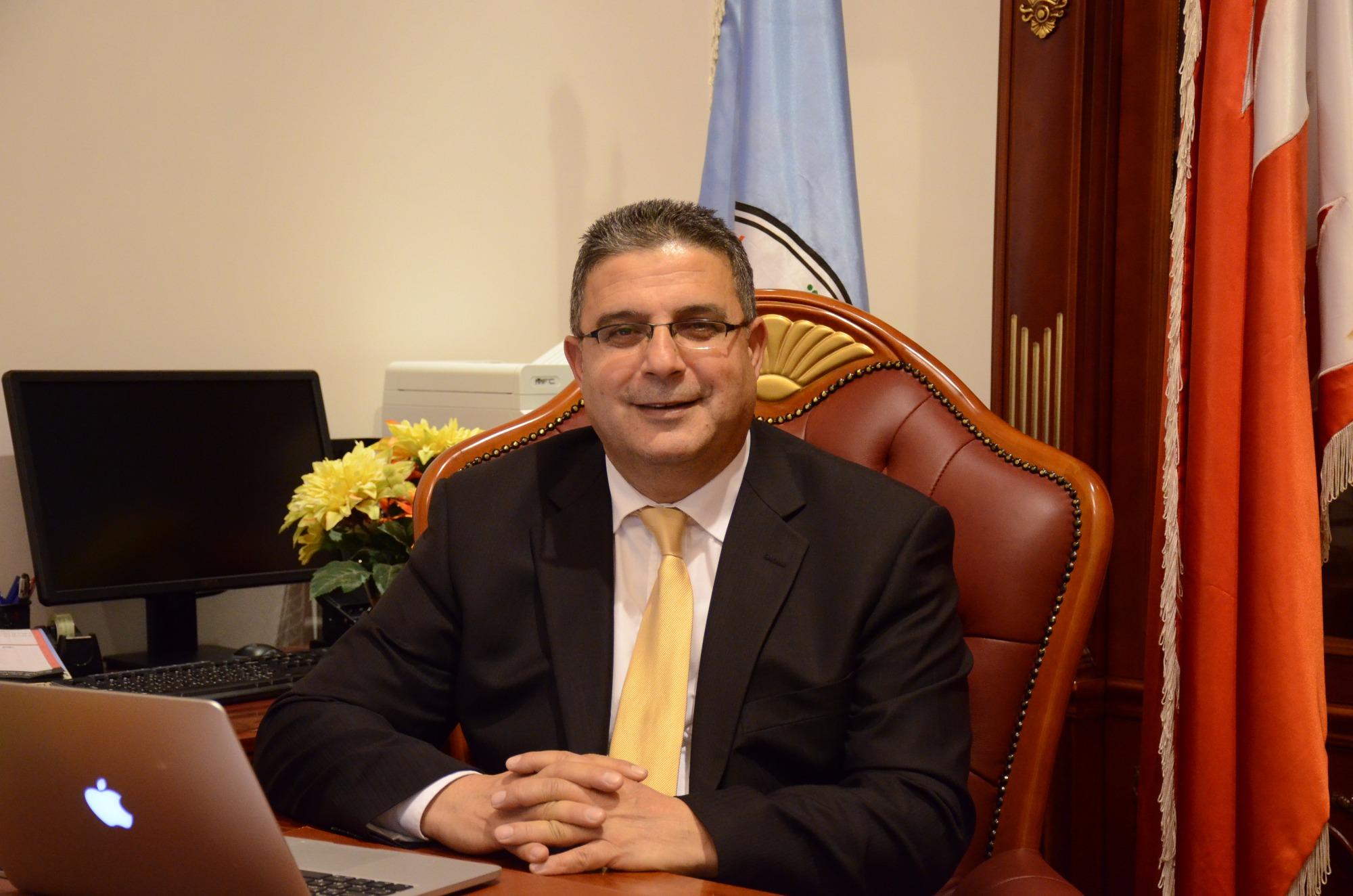 غسان عواد
