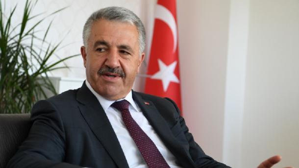وزير النقل التركي أحمد ارسلان