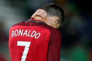 بالفيديو... رونالدو يخسر أولى مباراته في مسقط رأسه