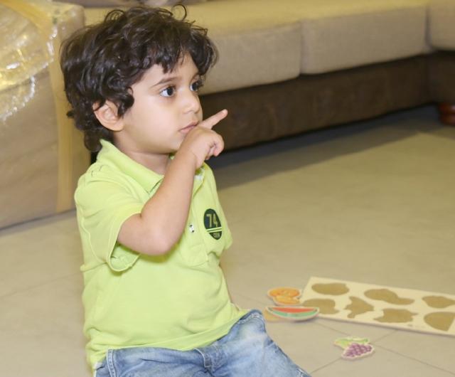الطفل يوسف علي - تصوير : عقيل الفردان