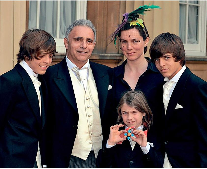 قريشي مع عائلته