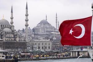 تركيا تحظر برامج المواعدة التلفزيونية في ظل حالة الطوارئ