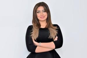 بالفيديو... طلاق مذيعة مصرية على الهواء.. وزميلاتها: في ستين داهية!