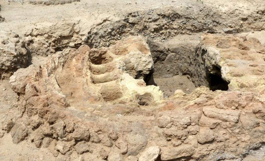 كنوز أثرية في المالكية كشفت عنها تنقيبات هيئة البحرين للثقافة والآثار - تصوير محمد المخرق