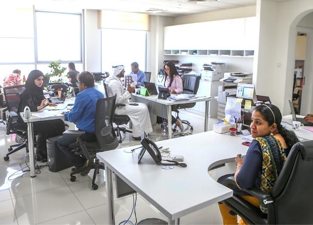 جانب من استقبال مكاتب مجلس تنظيم مزاولة المهن الهندسية للمراجعين
