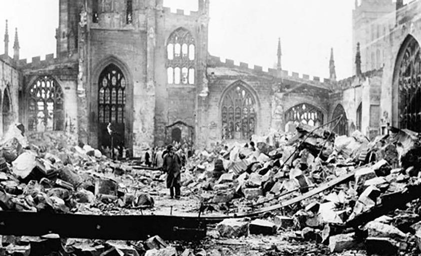 الدمار والقبح عنوانان رئيسان للحروب حيث لا مكان للجمال