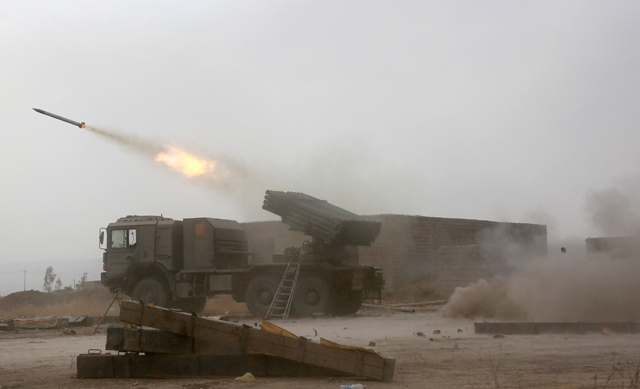 القوات العراقية تقتحم 3 أحياء غربى الموصل