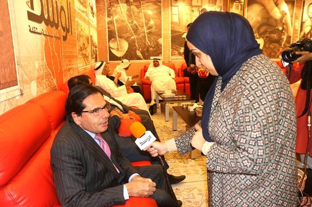 السفير الفرنسي في البحرين مصرحاً لـ «الوسط»