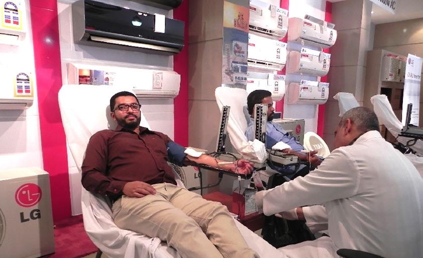 شارك أكثر من 100 موظف من مجموعة في حملة التبرع بالدم